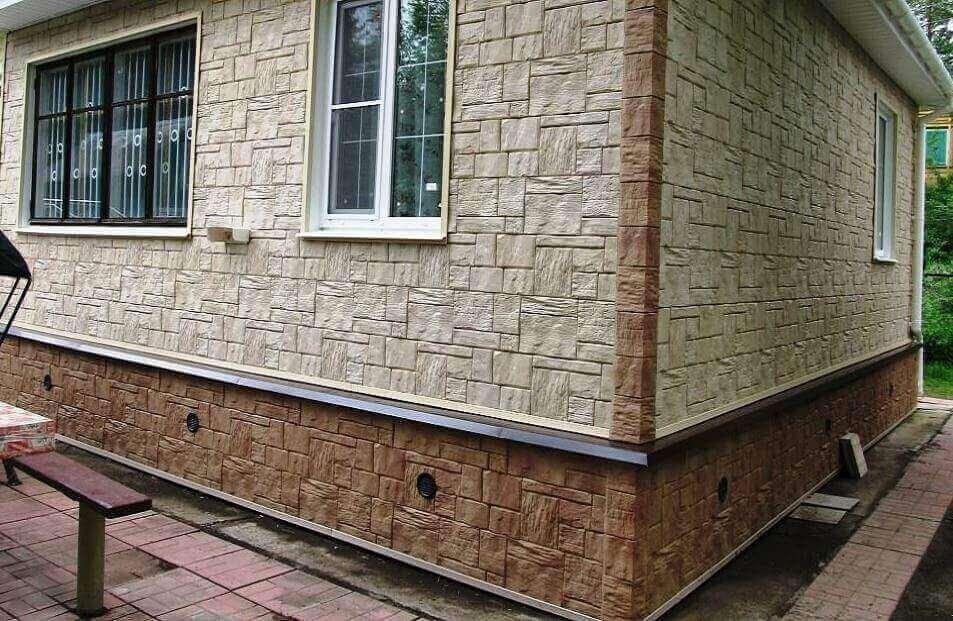 Отделка цоколя частного дома панелями: монтаж, обрешетка, установка