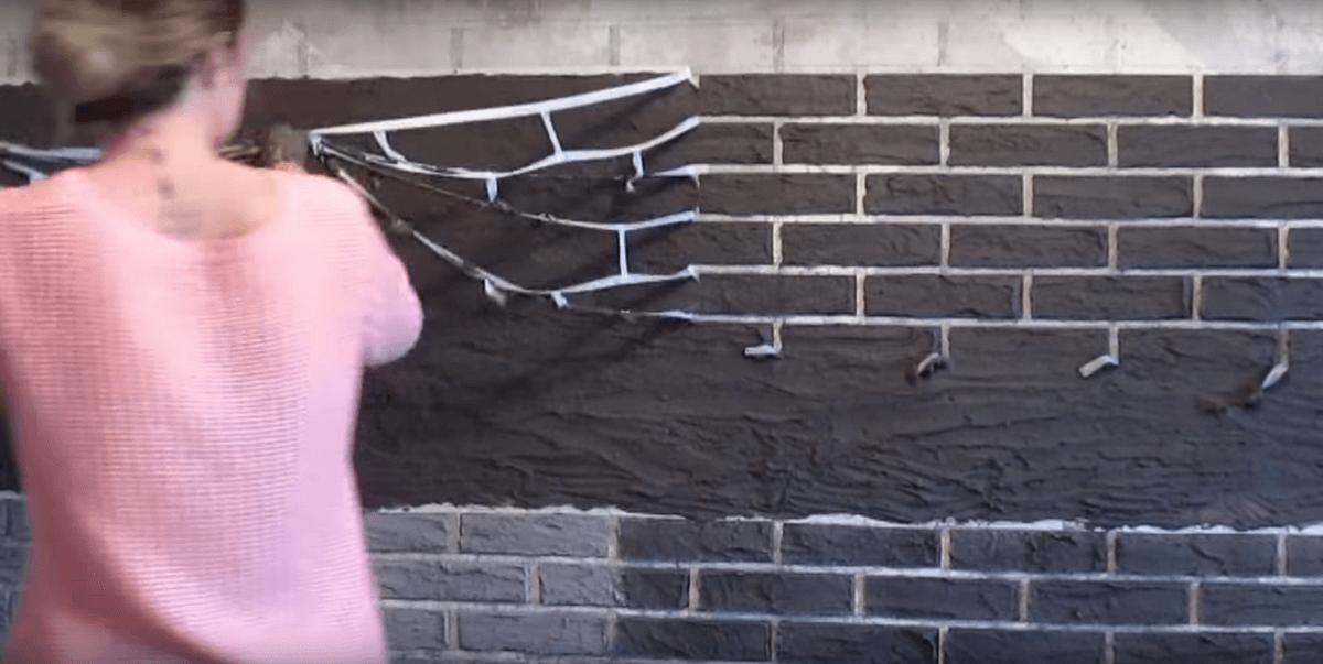 Статья-инструкция по имитации кирпичной кладки на стене: 60 фото и 2 видео
