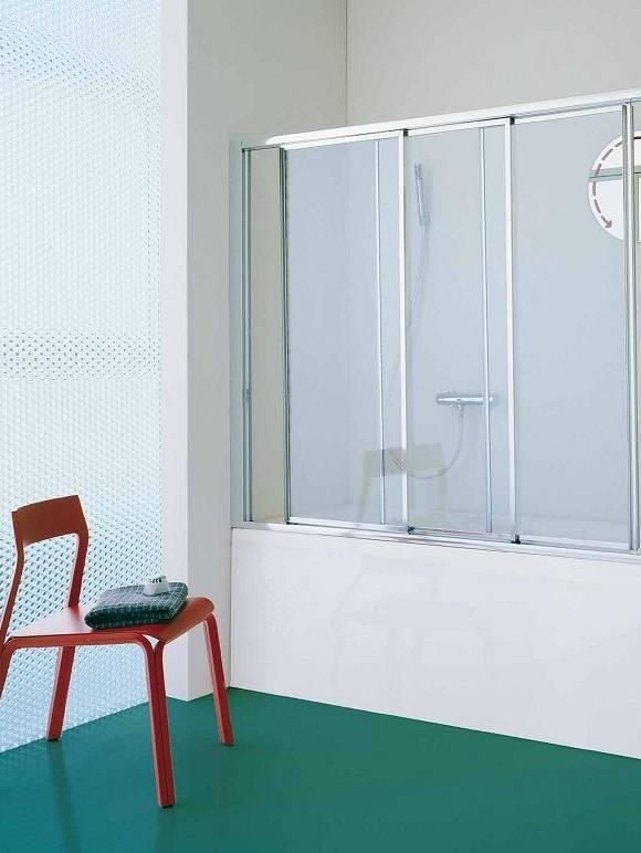 Раздвижные двери на ванную, виды изделий на вход в помещение и вместо шторки