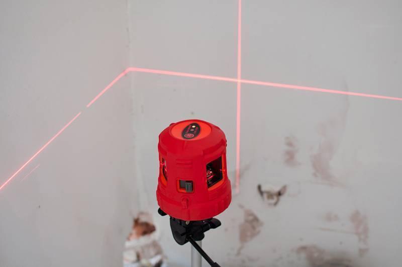 Пять вариантов работы с лазерным нивелиром на улице при плохой видимости лазерного луча