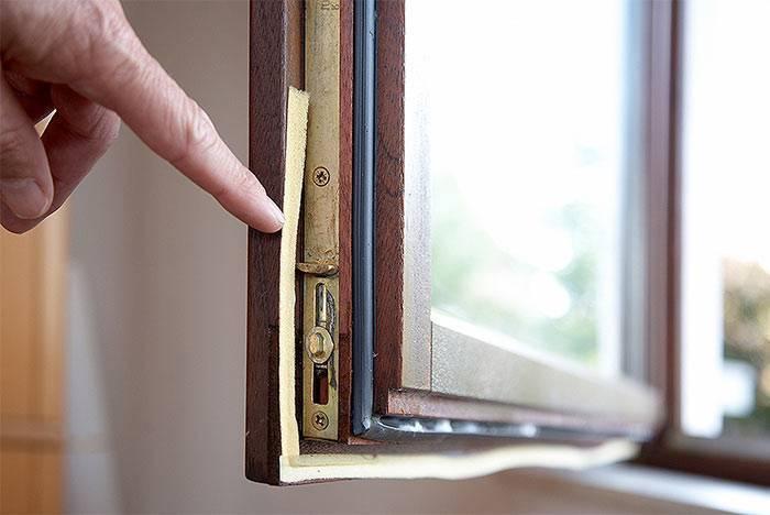 Чем утеплить окна в доме и на даче: 5 экономных вариантов | полезно (огород.ru)