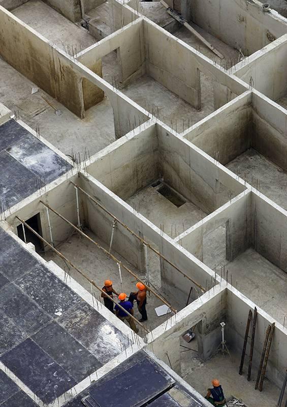 Технология устройства монолитных стен из бетона и толщина стен монолитного дома