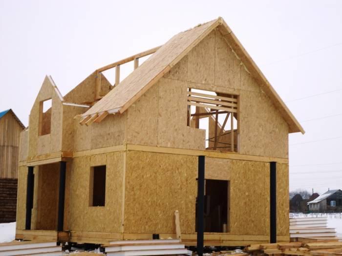 Как и из чего дешевле всего строить дом своими руками: обзор вариантов
