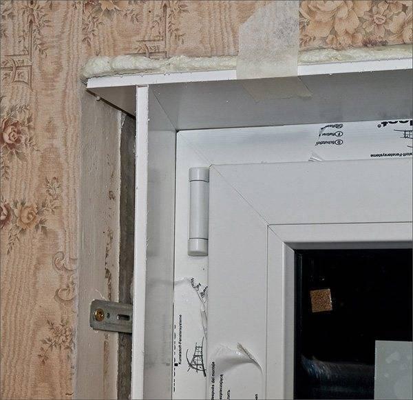 Пластиковые откосы на окна: правила установки своими руками со стартовым профилем и без