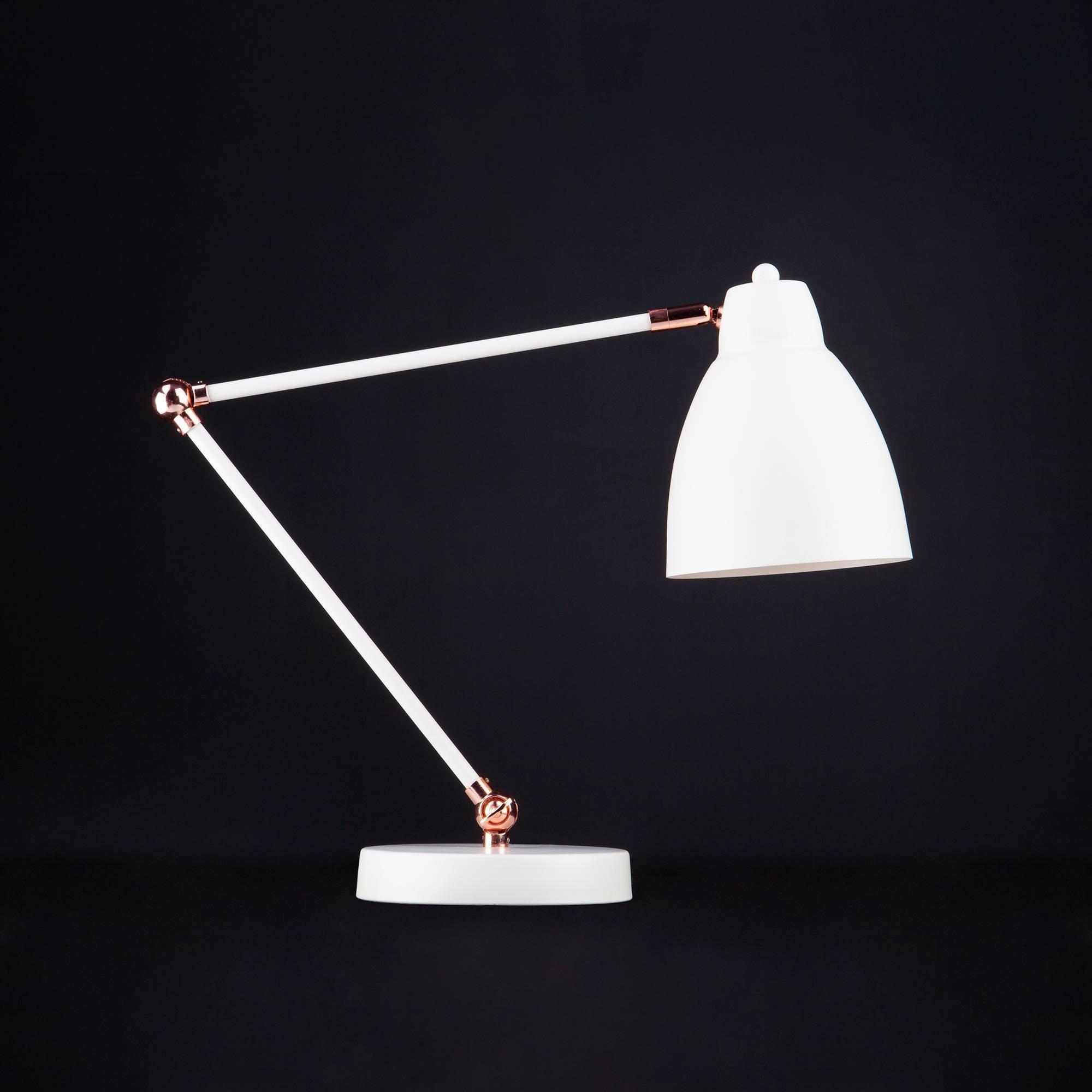 Настольная лампа для школьника - советы и рекомендации при выборе