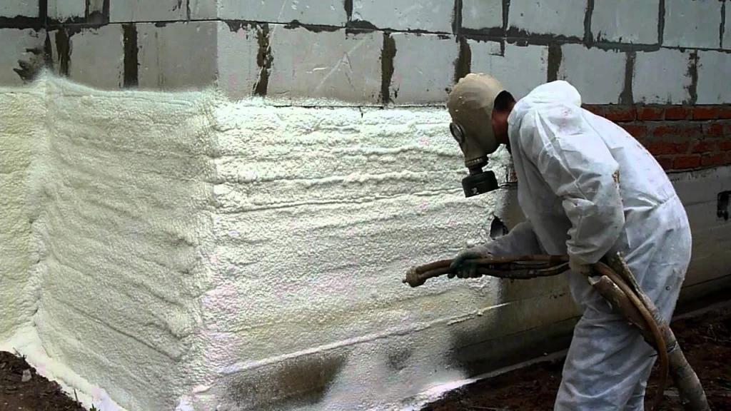 Утепление стен пенополиуретаном - плюсы и минусы