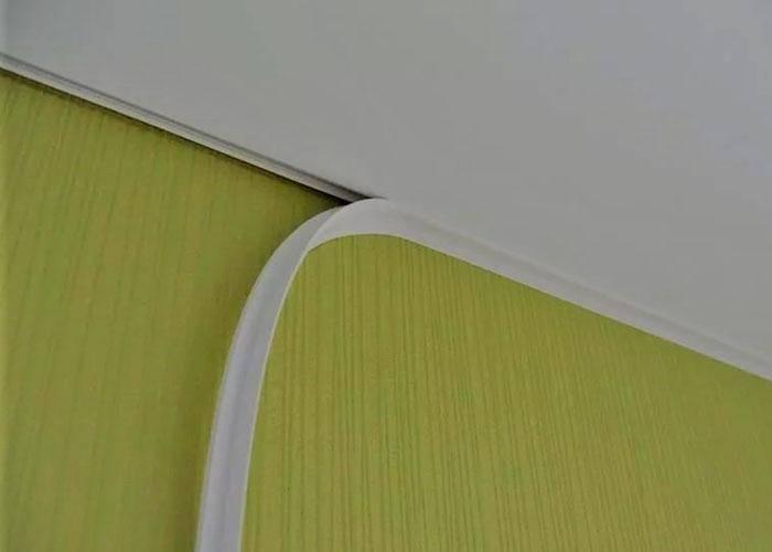 Вставка для натяжного потолка: выбор цвета, формы и способа крепления