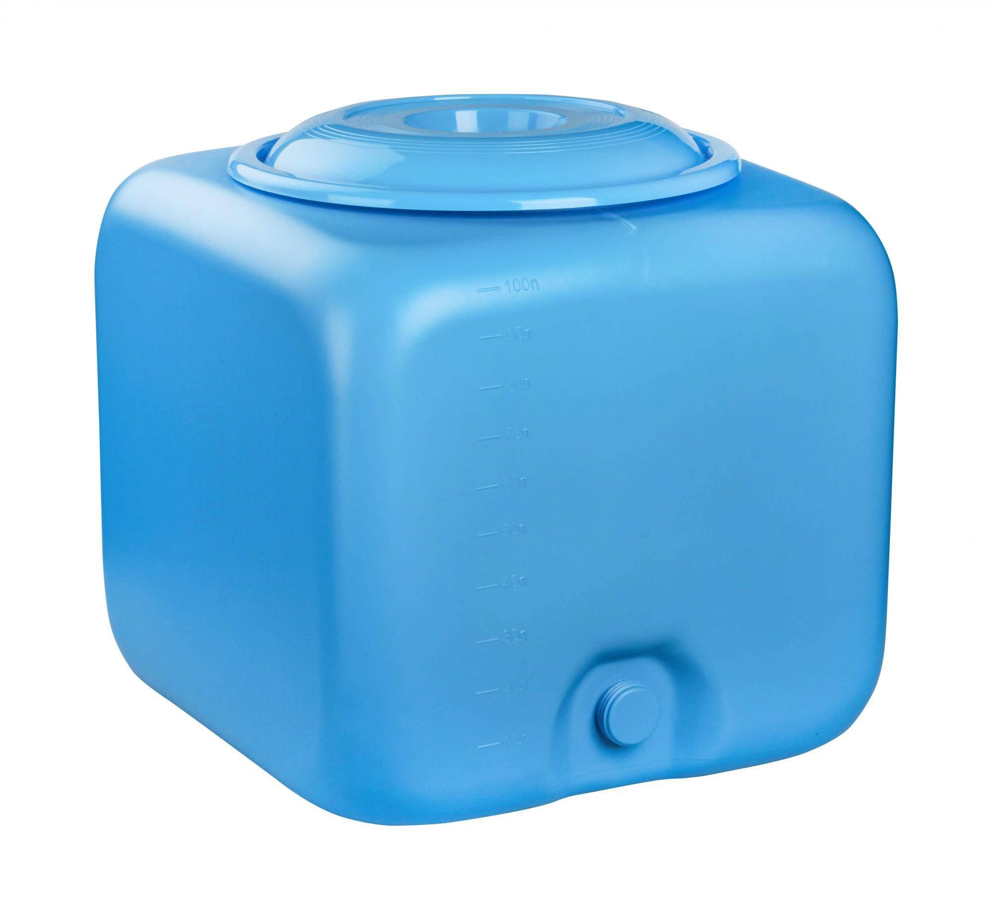 Как выбрать плоский пластиковый бак для душа с подогревом