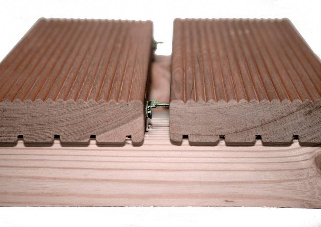 Как крепить террасную доску: технология монтажа на поверхности всех типов