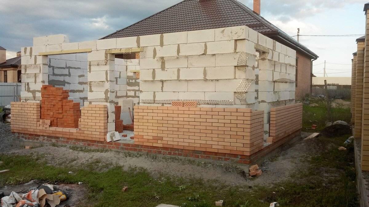 Дом из силикатного кирпича: строительство, достоинства и недостатки дом из силикатного кирпича: строительство, достоинства и недостатки
