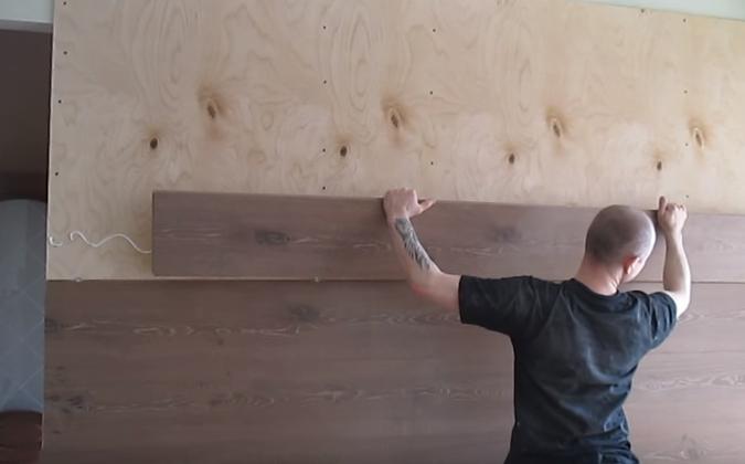 Отделка потолка ламинатом. как крепить ламинат на потолок
