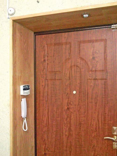 Откосы для входных дверей изнутри квартиры: как сделать дверные косяки своими руками, чем отделать, фото