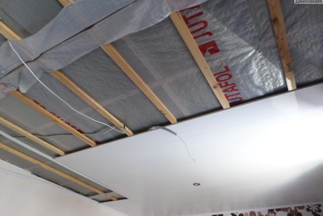 Как сделать потолок из панелей мдф своими руками?