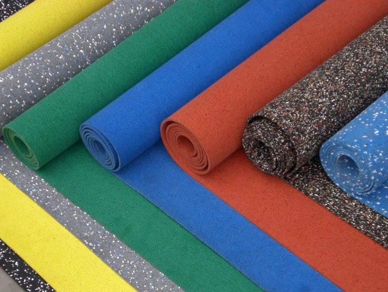 Резиновое покрытие для детских площадок из крошки в москве.