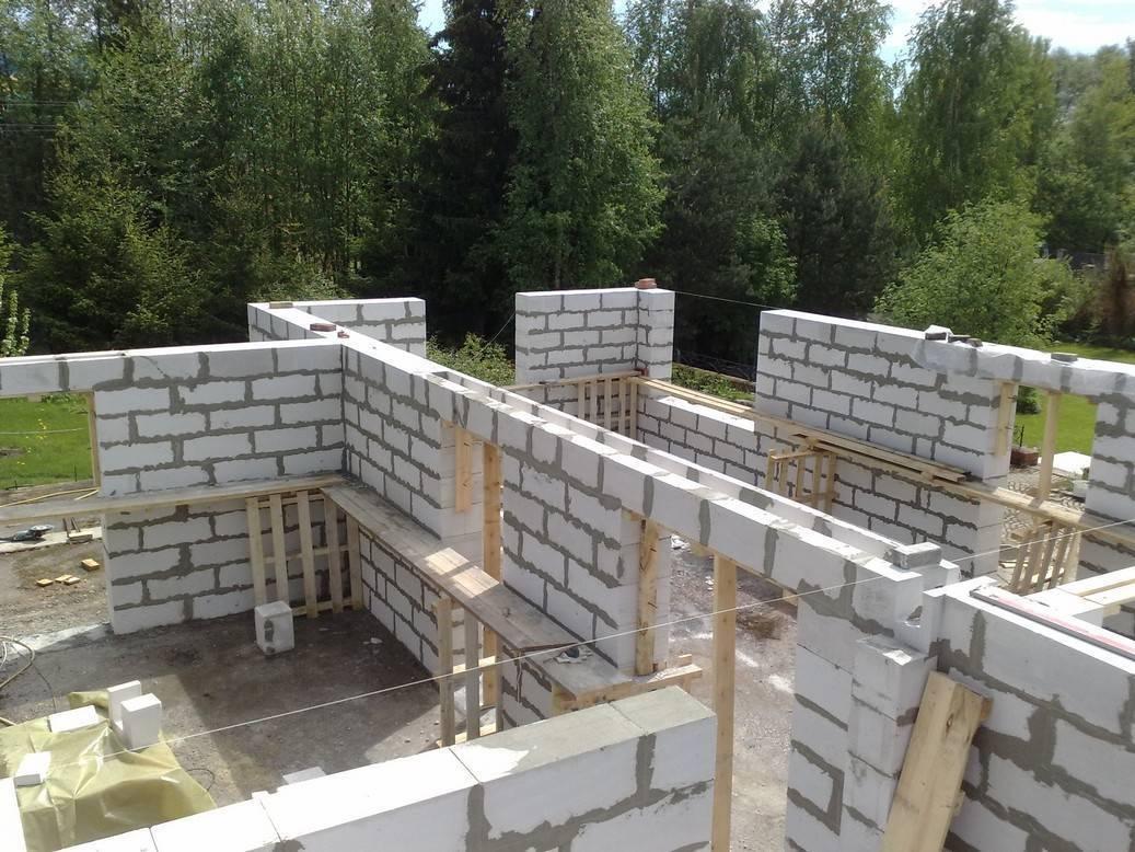 Фундамент из газобетонных блоков под блочный дом