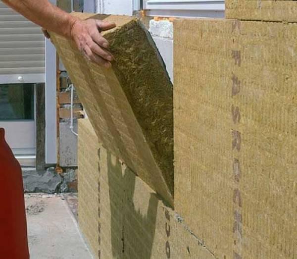 Схема утепления каркасного дома минеральной ватой: особенности монтажа