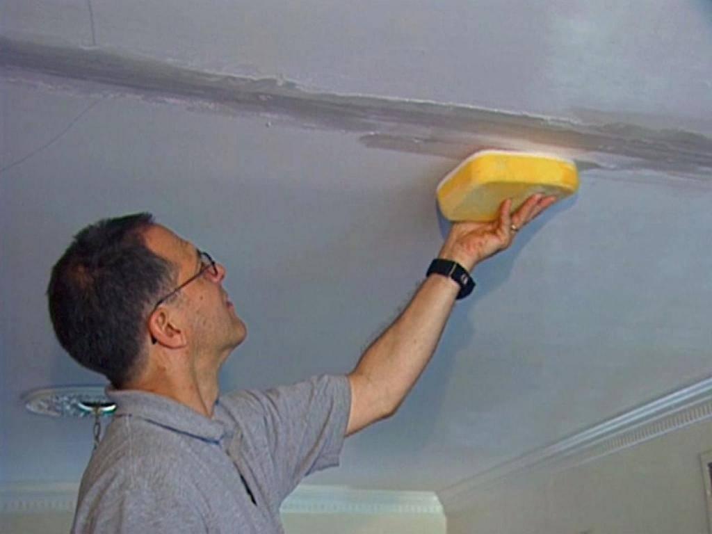 Как правильно зашпаклевать потолок из гипсокартона своими руками