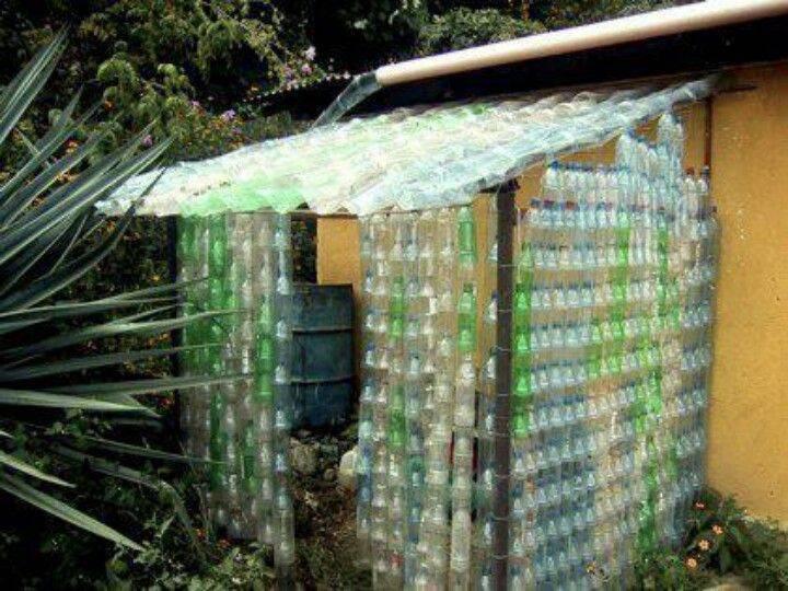 Поделки из пластиковых бутылок: основные идеи и варианты использования бытового пластика (90 фото)