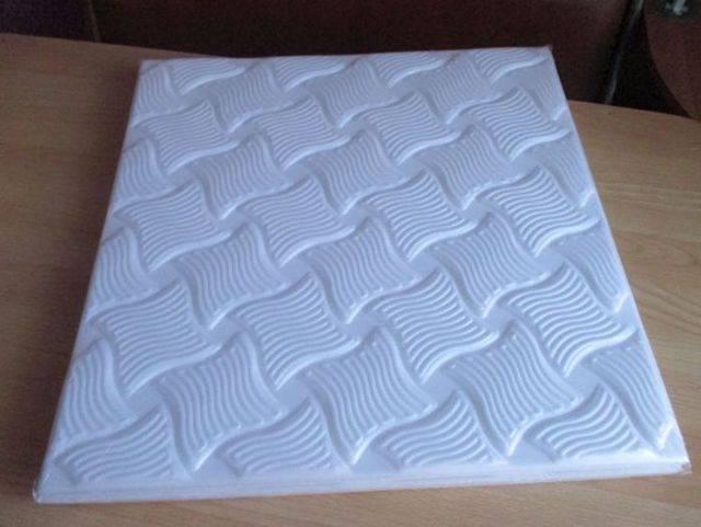 8 советов, как выбрать и наклеить потолочную плитку из пенополистирола    строительный блог вити петрова