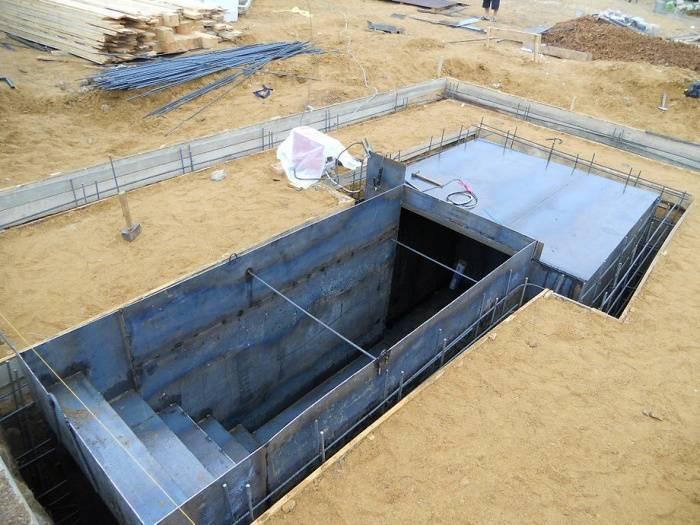 Как сделать цокольный этаж - особенности строительства