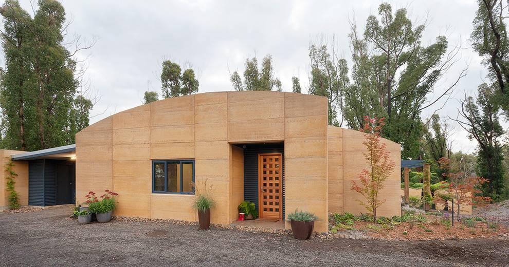 Стройремонткак построить глинобитные дома своими руками: видео технологии строительства стен и пола |