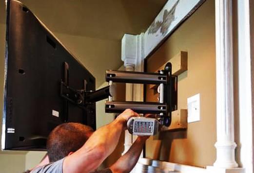 Как установить кронштейн и повесить телевизор на стену? выбираем болты для крепления кронштейна на гипсолитовую стену и из гипсокартона