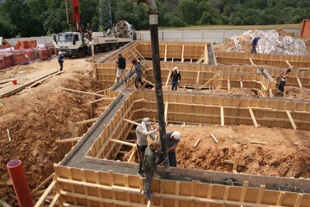 Мой фундамент - строительство фундаментов в москве и московской области. фундаменты для домов, бань, заборов. бетонные лестницы, монолитные перекрытия, бетонные полы, отмостки. строительство домов из газобетона. без посредников и предоплаты!