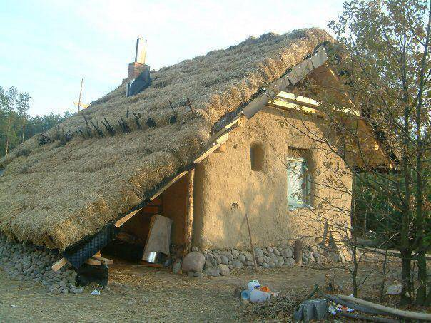 Дом из соломы и глины своими руками