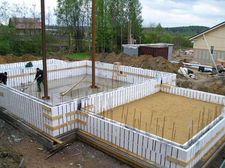 Дома из бетона, инструкция по возведению монолитного дома. как построить монолитный дом из бетона своими руками.
