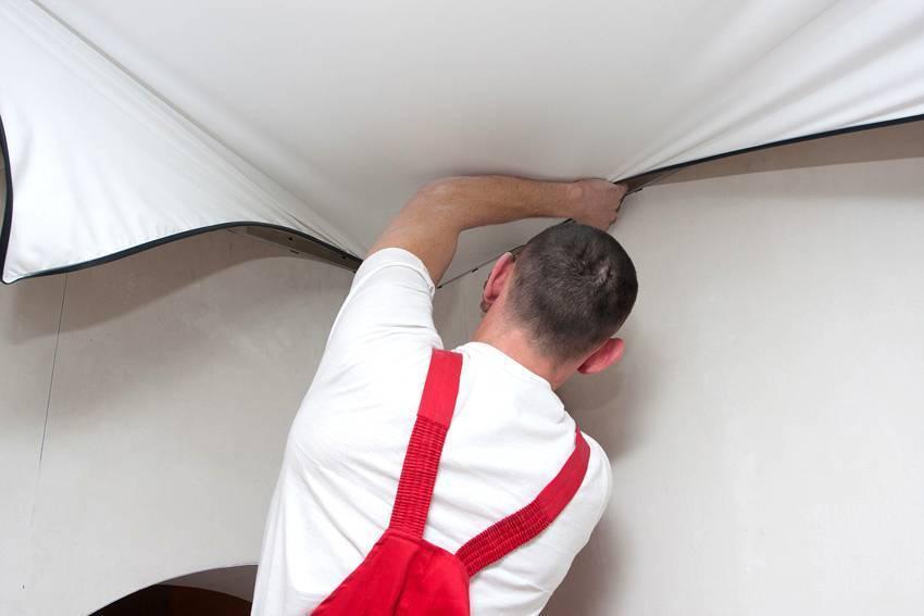 Ремонт натяжных потолков после пореза своими руками видео