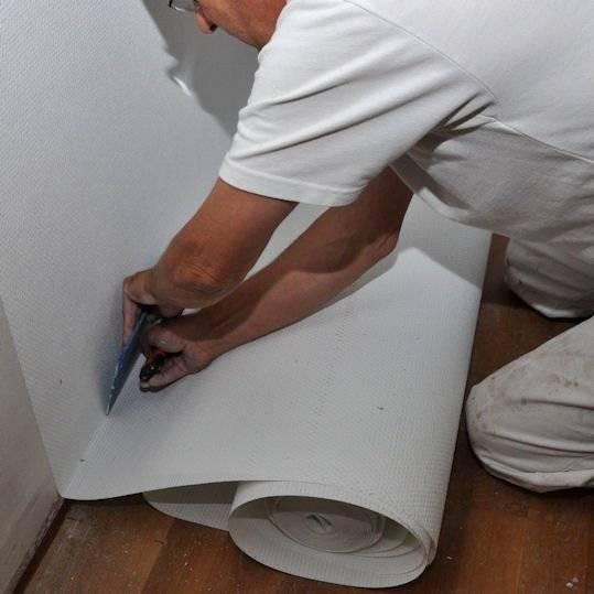Стекловолокно обои на стену: как правильно приклеить стеклообои на стену в угол, технология оклейки и требования к отделочной поверхности
