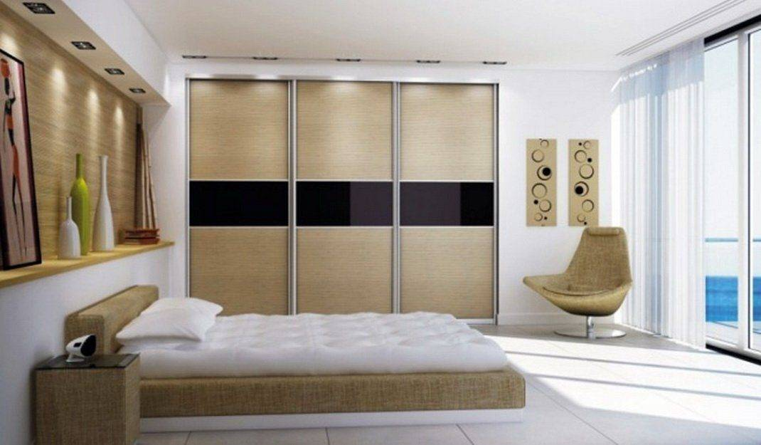 Шкафы-купе в интерьере гостиной (50 фото): идеи дизайна