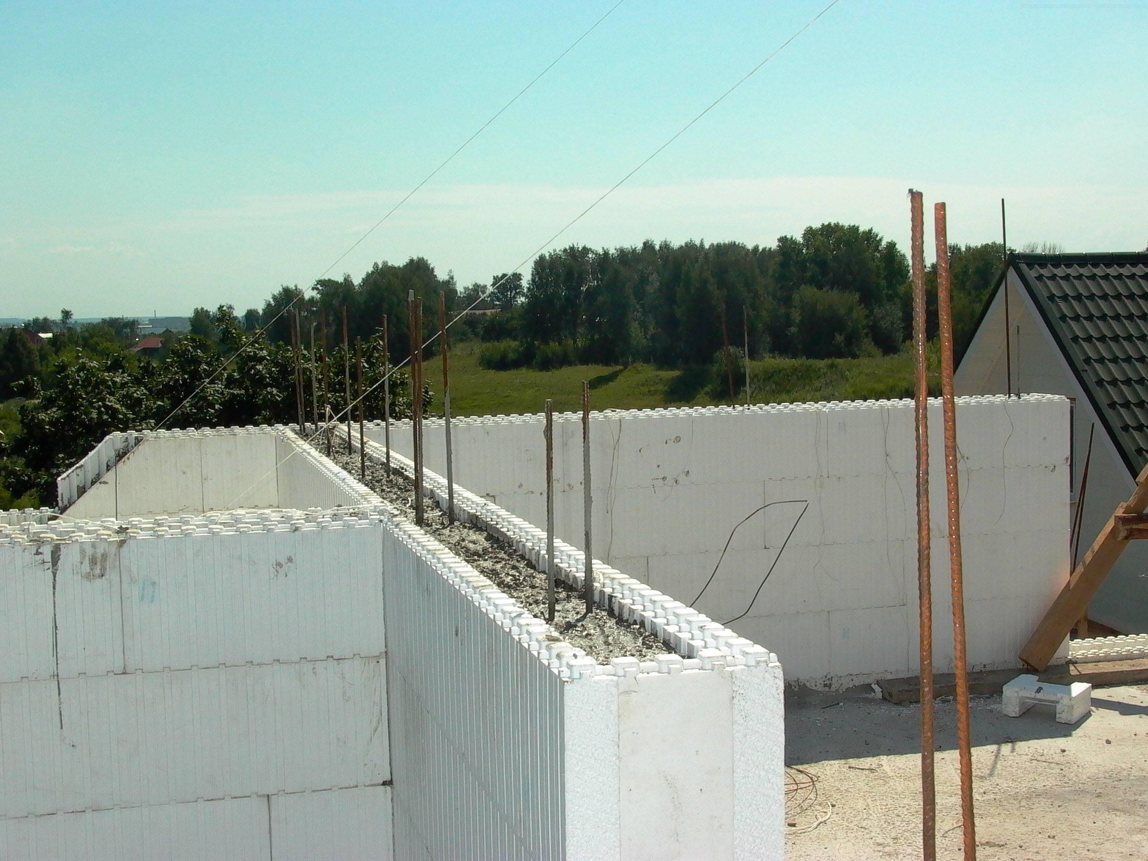 Что надо знать о строительстве домов из монолитного пенобетона?