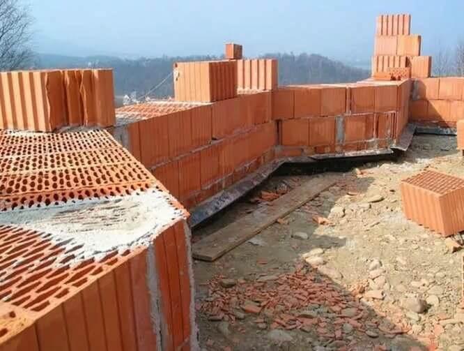 Использование керамического кирпича для постройки дома