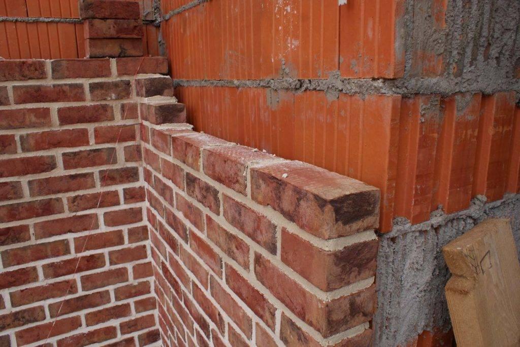 Облицовка стен дома кирпичом: инструкция и рекомендации специалистов