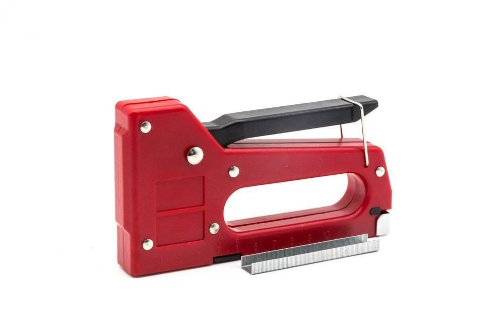 Мебельный степлер – устройство, как работает, особенности разных видов, как правильно выбрать, какие скобы использовать?