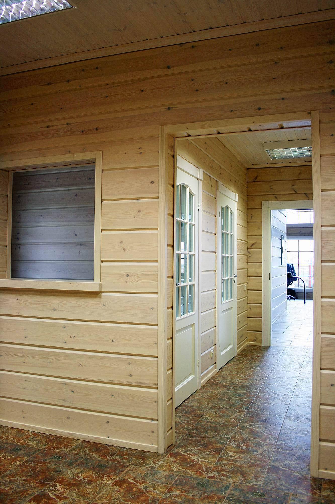 Чем зашить стены в деревянном доме