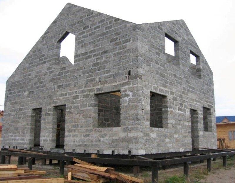 Свайный фундамент для дома из пеноблоков