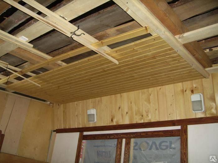 Технология монтажа вагонки на потолок — вся вагонка