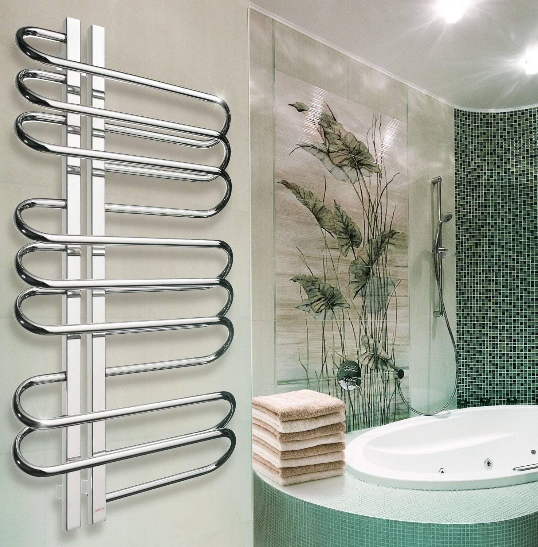 Как выбрать полотенцесушитель для ванной комнаты: основные параметры