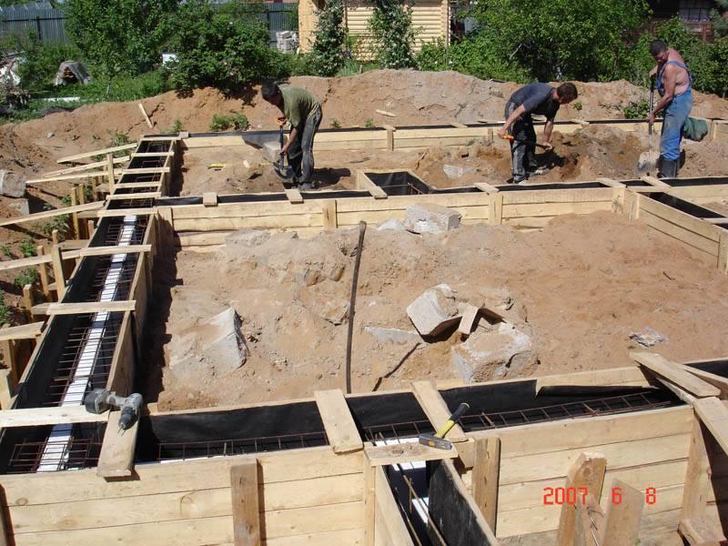 С чего нужно начинать строительство домов?