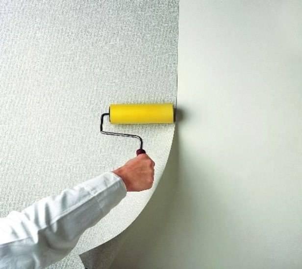 Стеклообои (107 фото): что такое стеклотканевые и стекловолокнистые обои, характеристики стеклянных покрытий для стен и потолка, отзывы