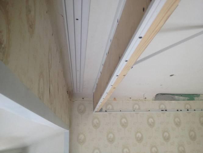 Ниша для штор в натяжном потолке — варианты конструкций и методы крепления