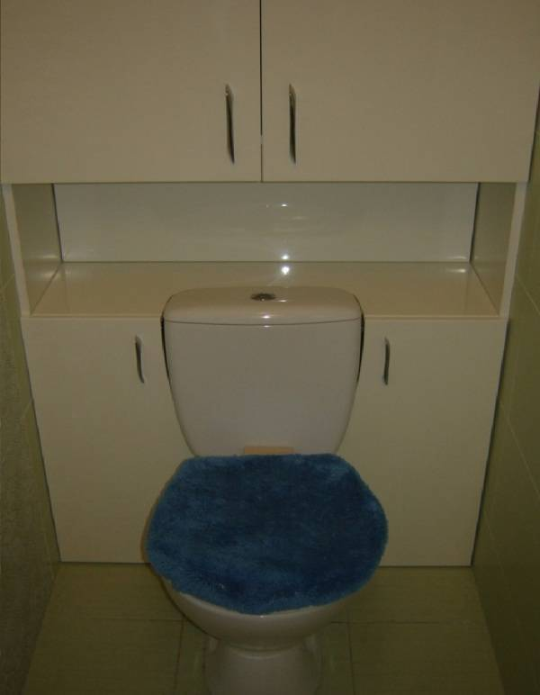 Сантехнический шкаф в туалете своими руками: варианты отделки