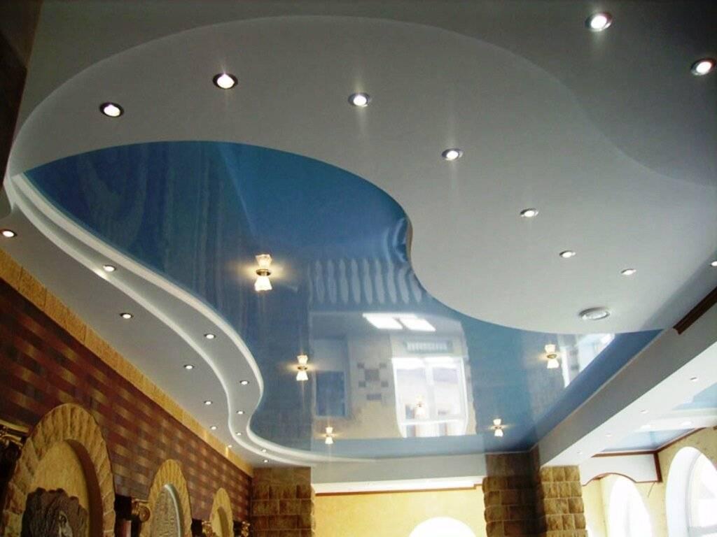 Виды потолков. побелка, покраска, оклейка обоями. клеевые, подвесные, гипсокартонные, кассетные, реечные, натяжные и подшивные конструкции