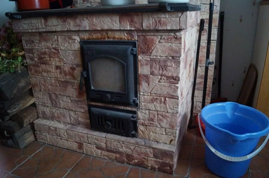 Как обложить кирпичом железную печь в доме: делаем все правильно своими руками