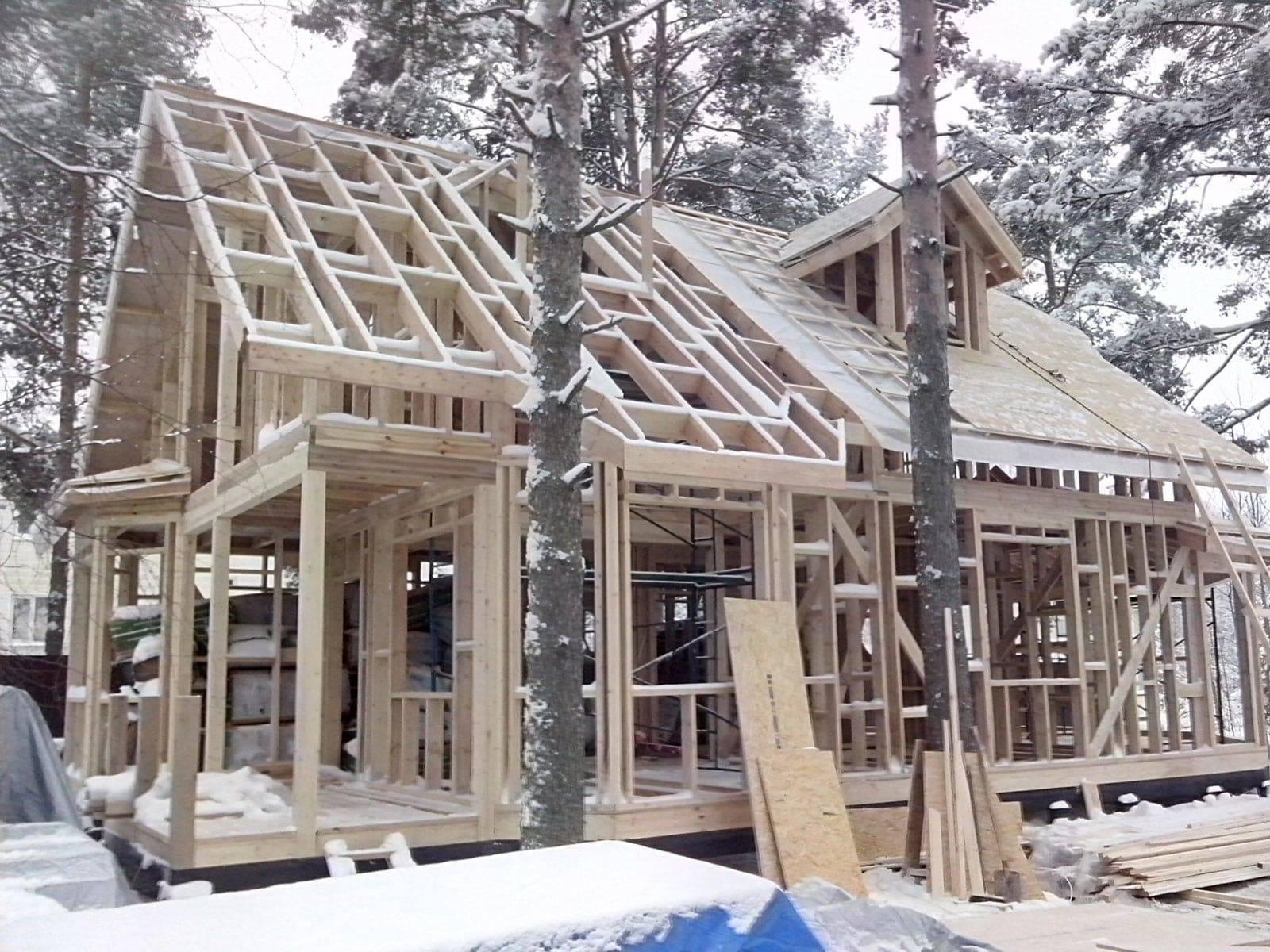 Плюсы и минусы каркасного дома в условиях российского климата