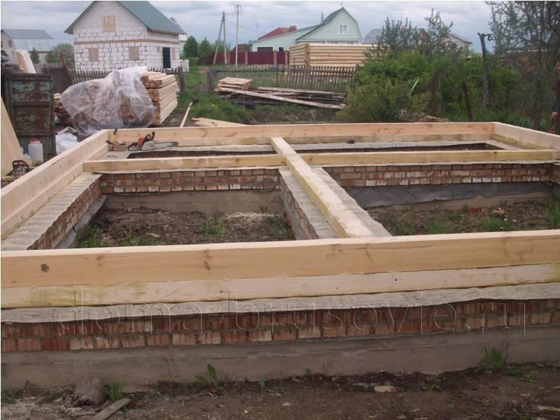 Какой фундамент лучше для дома из бруса: обзор возможных вариантов