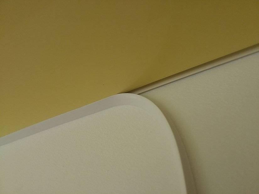 Натяжные потолки плинтус или вставка - всё о ремонте потолка