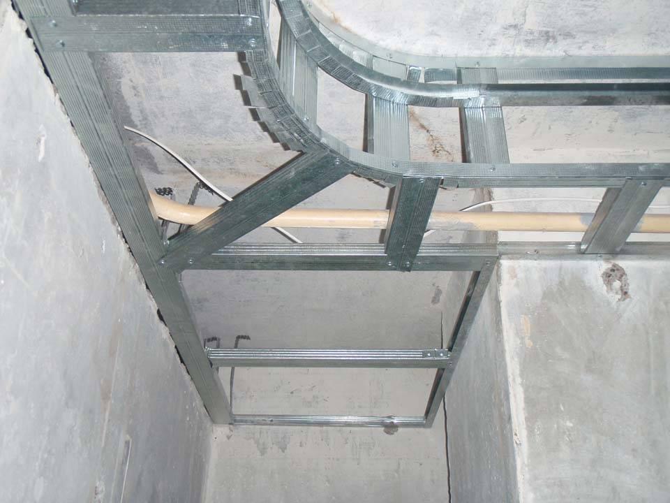Как правильно монтировать гипсокартон на стены и потолок видео